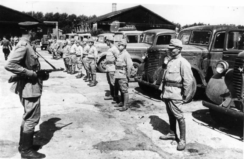 1939 年 ソ連 と 満州 の 国境 で 起こっ た 日本 と ソ連 の 戦闘 を 何 という で しょう