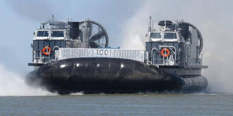 Landing craft Ship-to-Shore Connector: modern replacement for old LCAC