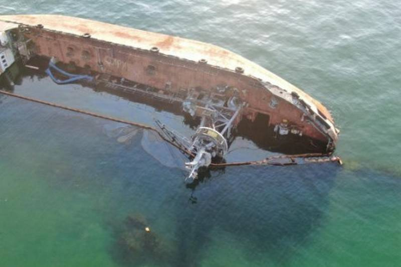 The operation to lift the sunken tanker completed off the coast of Odessa