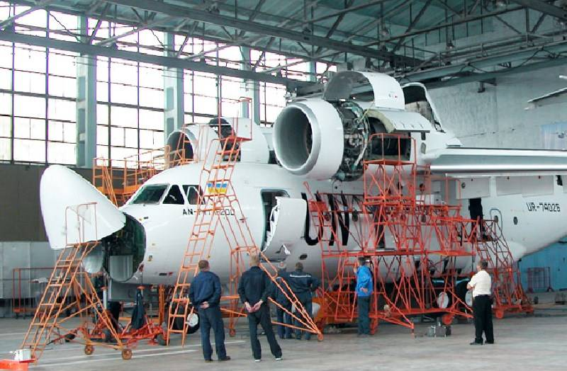 "The head of ""Ukraviaprom"": The scam ""Ukroboronprom"" finished off the Kharkiv aircraft plant"
