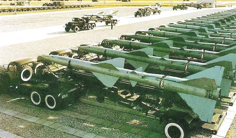 Export of Chinese medium and long-range air defense systems and their competition with Russian anti-aircraft systems
