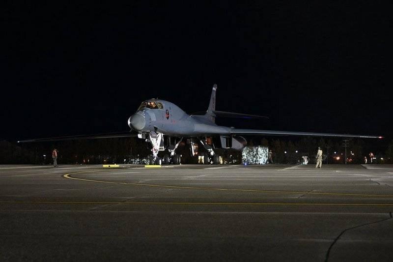 アメリカの爆撃機はロシアの北極国境近くを飛んだ