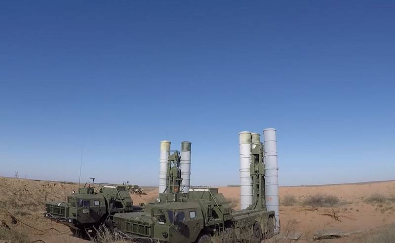 Shoigu announced the rearmament of two air defense regiments on the S-400 by the end of the year