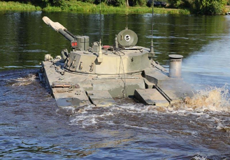 """En Ukraine: les exercices des forces aéroportées de la Fédération de Russie et de la République du Bélarus au centre hydrotechnique """"peuvent être dirigés contre le canal de Crimée nord"""""""