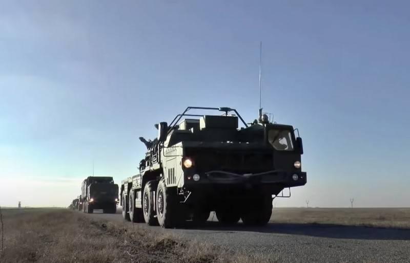 S-400防空システムのXNUMX番目の連隊セットは予定より早く国防省に移送されました