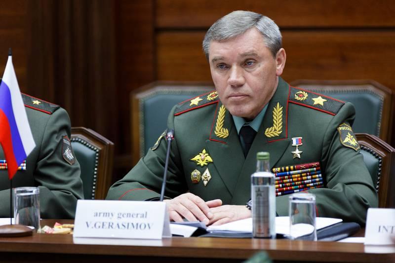 ロシアのジェネラルスタッフ:米国とNATOは飛行安全に関するロシアの提案を無視します