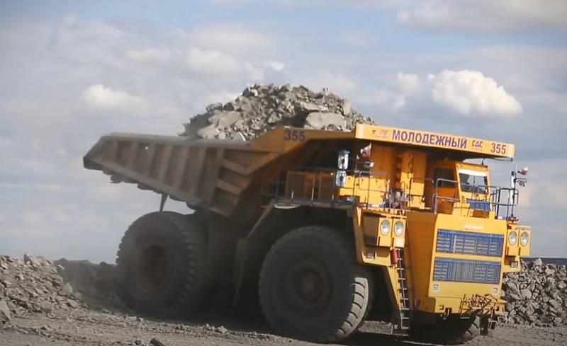 벨라루스, 러시아에서 BelAZ 덤프 트럭 생산 시작 제안