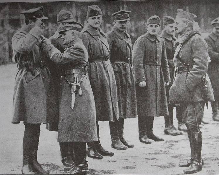 La derrota del Ejército Rojo en el Shara.
