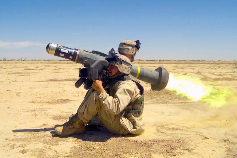 ПТРК FGM-148 Javelin: чем он хорош и чем плох