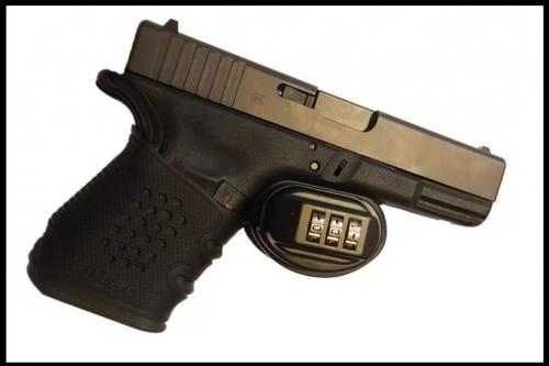 serratura a combinazione sulla pistola