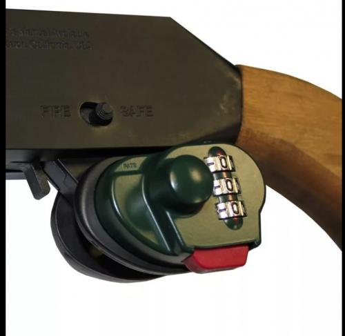 serratura a combinazione su staffa