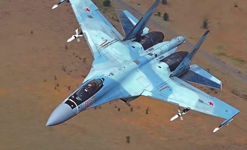 Истребители Су-30 и Су-35 соединят в единый «Суперфланкер», считают в прессе США