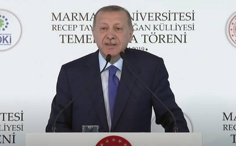 Erdogan은 카라 바흐에서 아제르바이잔의 공격이 계속 될 것이라는 희망을 표명했습니다.
