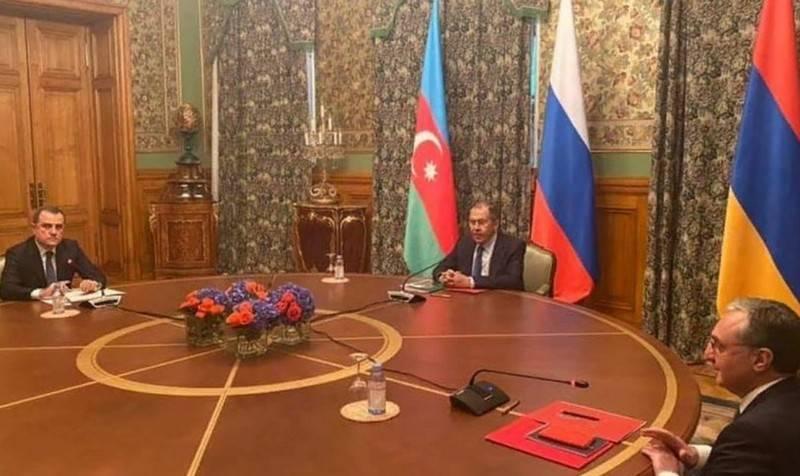 Le deuxième jour de la trêve: Bakou est prêt à continuer la guerre, Erevan appelle à la reconnaissance du Karabakh