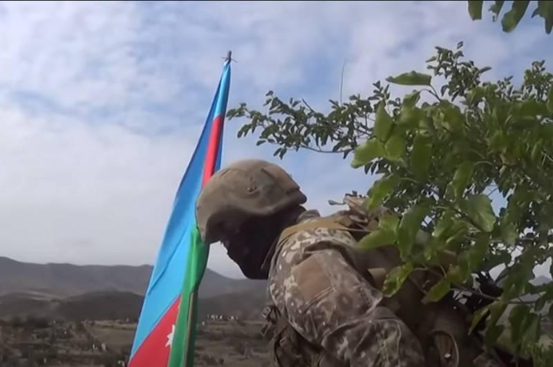 Les autorités du Karabakh ont accusé Bakou de poursuivre l'offensive, Erevan a calculé les pertes de l'ennemi