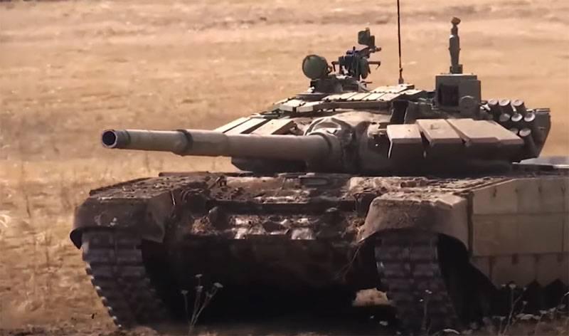 우크라이나 언론 자료 : 크리미아에는 러시아 탱크에 의해 세척되기 때문에 담수가 부족합니다.