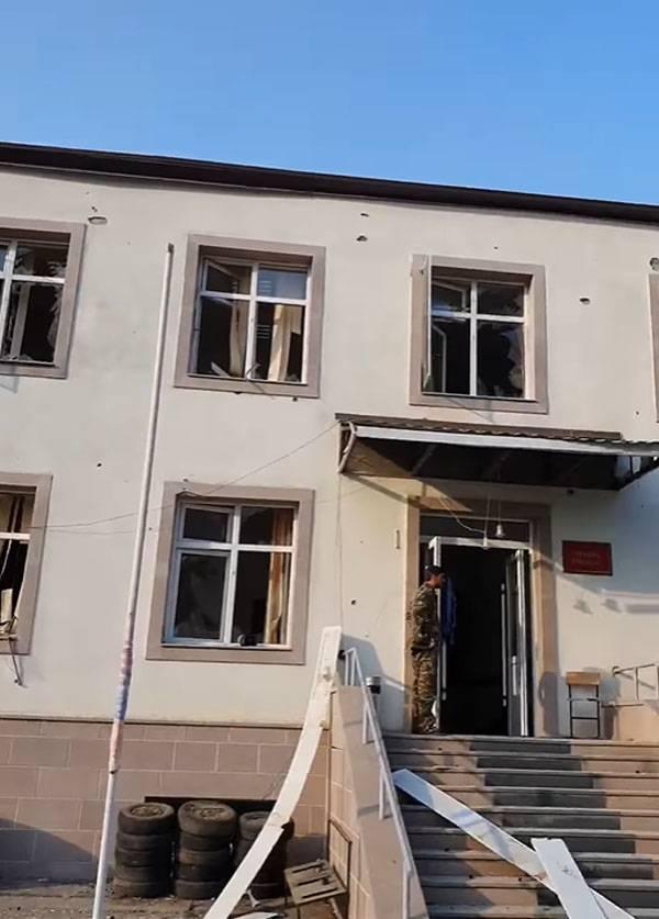戦いは続く。 アルメニア側は敵が病院を砲撃したと非難する