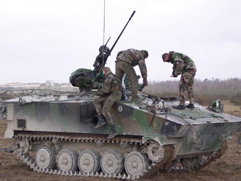 Vehículos de combate muy y no muy de infantería