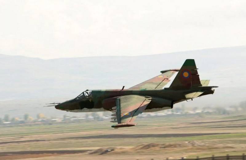 Baku afirma que Su-25 da Força Aérea Armênia foi abatido, Yerevan refuta a mensagem