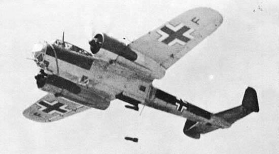 Warplanes: Box of Irregular Pencils