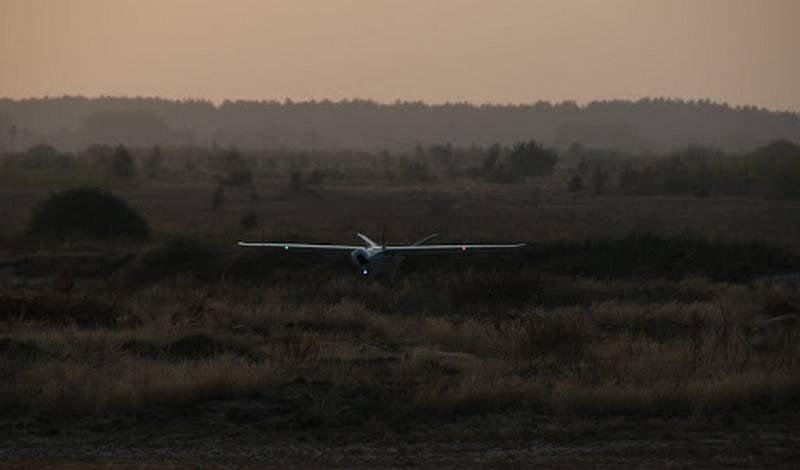 Aist-100 정찰 무인 항공기의 국가 테스트가 우크라이나에서 시작되었습니다.