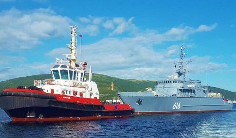 """The minesweeper """"Yakov Balyaev"""" that passed the Northern Sea Route for the Pacific Fleet arrived in Vladivostok"""