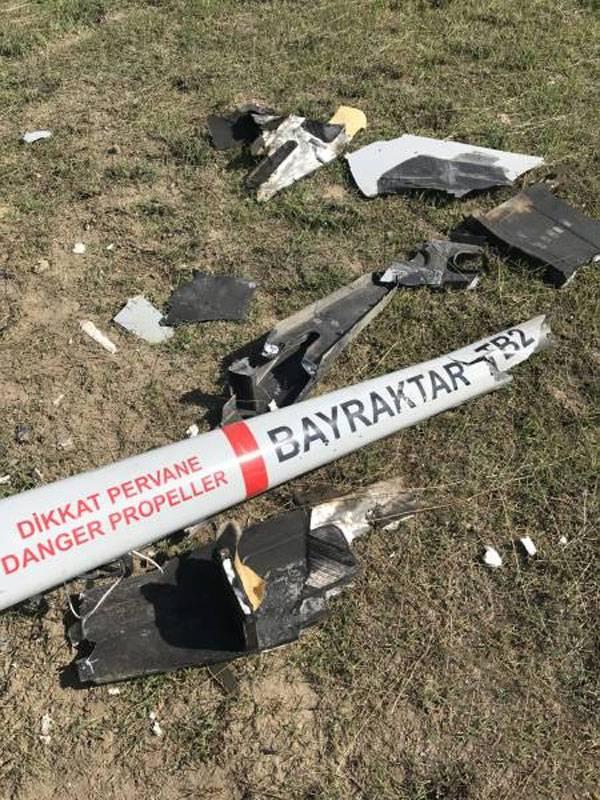 防空作業:トルコ製のBayraktar-TB2ドローンがカラバフでより頻繁に落下する