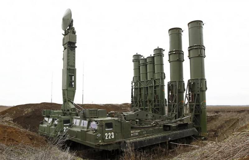 The military air defense system S-300V4 has the ability to shoot down hypersonic missiles