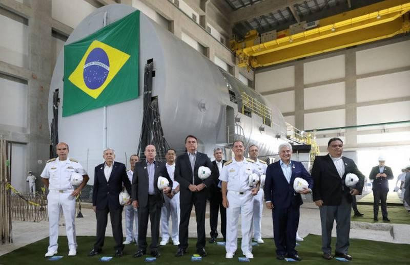 Brezilya, yerli bir nükleer denizaltı için ilk nükleer reaktörü kurmaya başladı