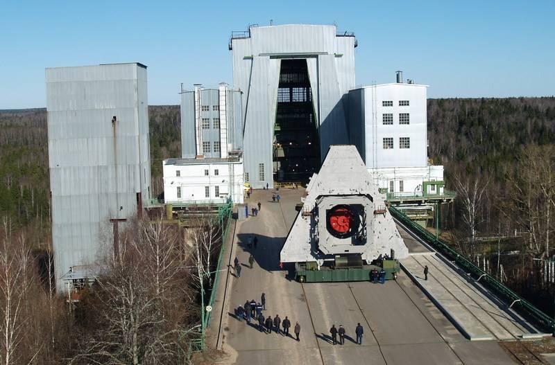 Roskosmos führte Brenntests der zweiten Stufe der Trägerrakete Angara-1.2 durch
