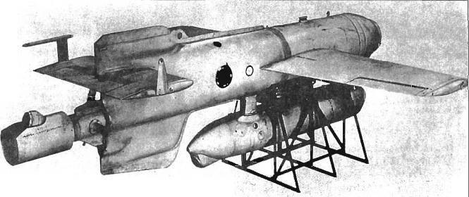 Aeronave de combate. Hans, tráeme una bomba normal.