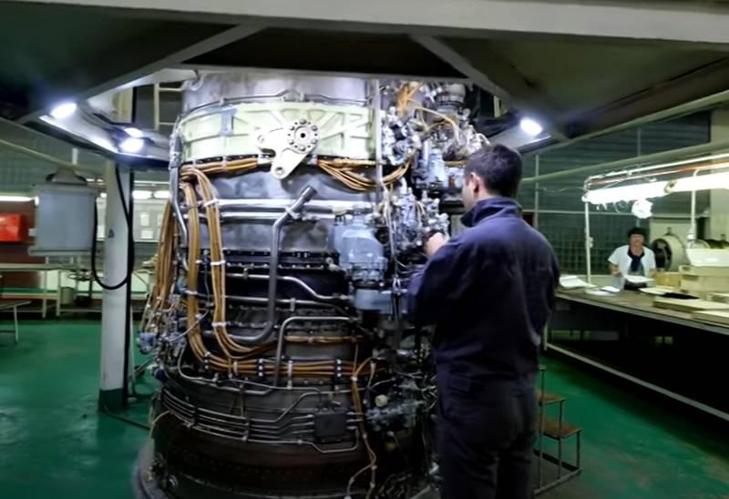 रूस में विमान के इंजन का निर्माण: विमान के इंजन
