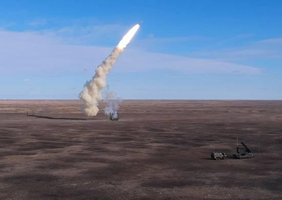 """SAM """"Tor-M2"""" repelió una incursión masiva durante ejercicios en la región de Astrakhan"""