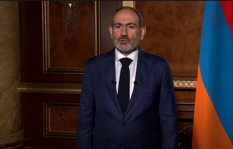 """""""确保亚美尼亚的安全"""":帕欣延向普京求助"""