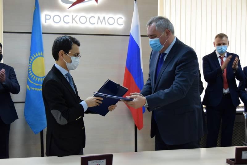 """俄罗斯和哈萨克斯坦消除了"""" Baiterek""""项目的分歧"""