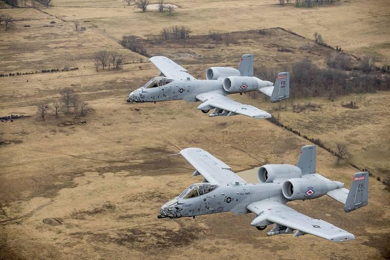АНАЛИЗ: Битка на щурмовиците. Су-25 срещу A-10 Thunderbolt II