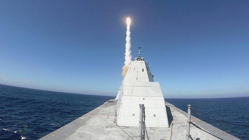 «Зачем нам Zumwalt»: в прессе США подвели итог первых ракетных стрельб со стелс-эсминца