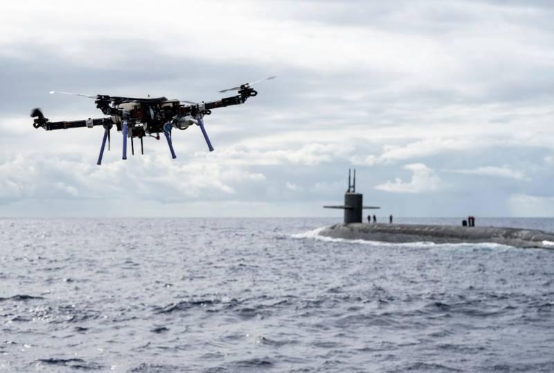 ВМС США тестируют новую концепцию снабжения субмарин с помощью дронов