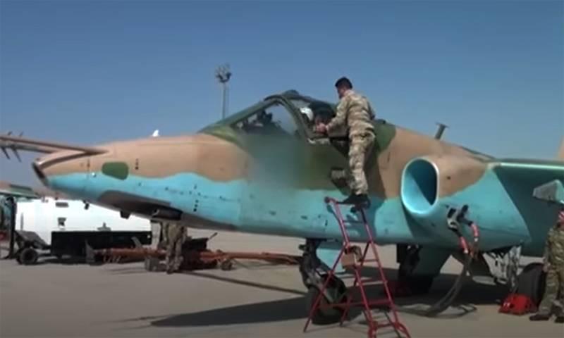 """""""Ils apprécient les munitions de haute précision"""": la raison de l'utilisation par l'Azerbaïdjan de l'avion d'attaque Su-25 pour des frappes sur des tranchées est en cours de discussion"""