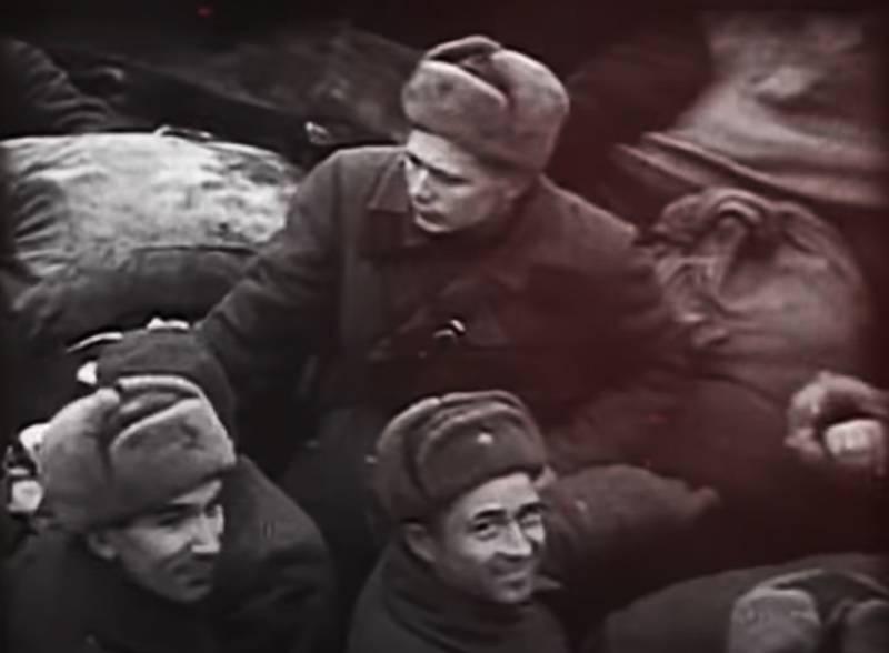 """Pavlov'un Stalingrad'daki evini savunan bir askerin anılarından: """"İşaretçimiz kıyı altındaki siperlerde kaldı"""""""