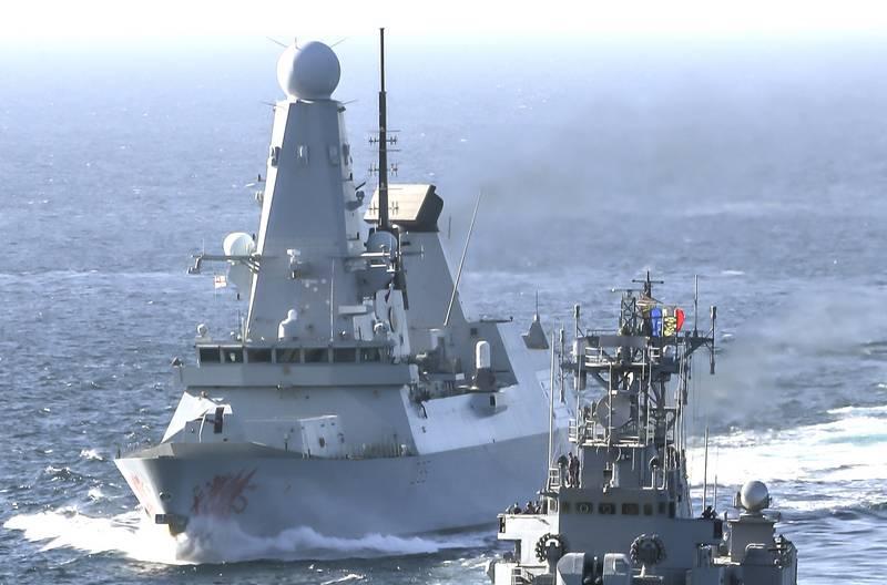 """""""हमारा विध्वंसक रूस की चेतावनियों को नजरअंदाज करता है"""": ब्रिटिश ने काला सागर में प्रवेश करने के बारे में प्रेस किया"""