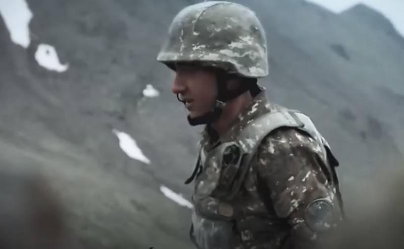 Dağlık Karabağ Cumhuriyeti Savunma Bakanlığı'nın özeti: Dört asker bir düşman müfrezesini imha etti ve önemli belgeler elde etti