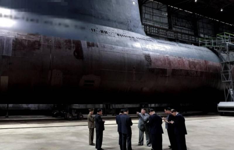 A Coreia do Norte está construindo dois submarinos capazes de transportar mísseis balísticos
