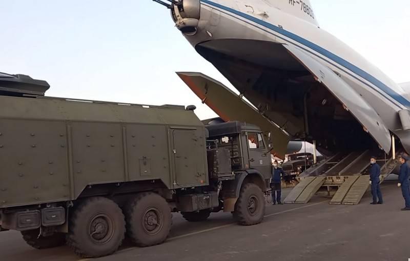 국방부는 평화 유지군을 Nagorno-Karabakh로 계속 이관