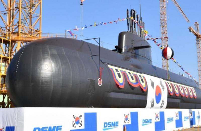 Güney Kore'de, VNEU ile ulusal tasarımın ikinci dizel-elektrik denizaltısını başlattı