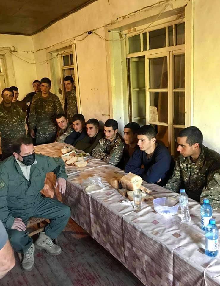 Pashinyan: Si rompe el acuerdo, 30 mil de nuestros soldados estarán bloqueados