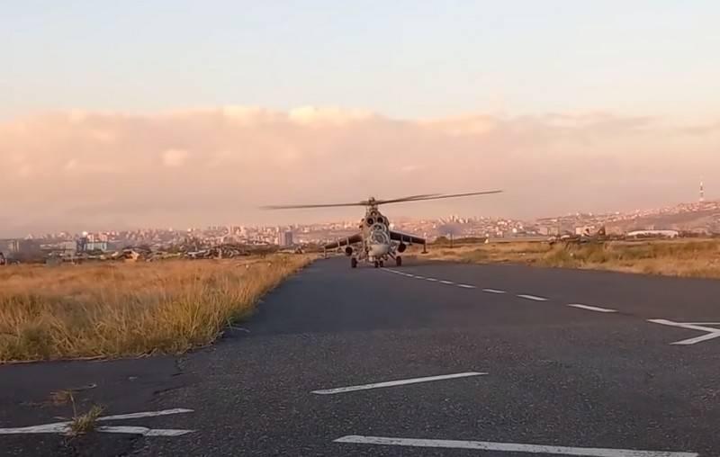 Les hélicoptères transférés au Karabakh ont commencé à couvrir les colonnes des soldats de la paix