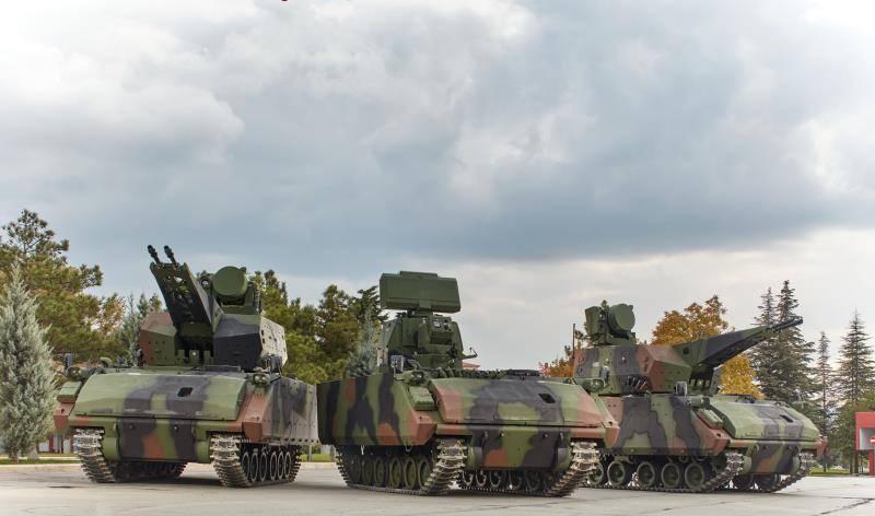 ランクと戦闘中の反航空機砲兵複合体コルカット