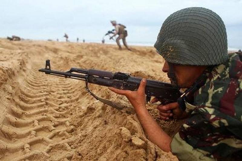 «Мир больше не способен предотвращать конфликты»: западная пресса о начале боёв в Сахаре