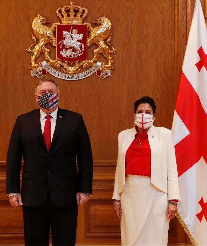 Президента Грузии раскритиковали за слова о том, что база США в стране вызовет негативную реакцию России